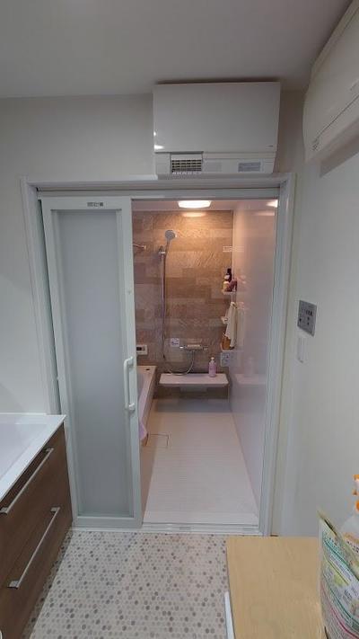 ブログアフター浴室入口.JPG