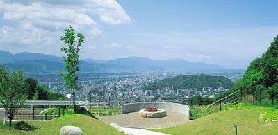 松山中心部を一望.jpg