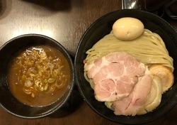 麺や新倉.jpeg