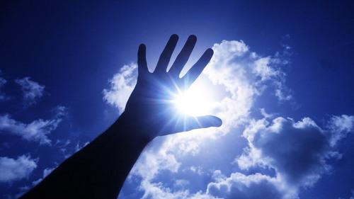 2018.01.31.太陽と手.jpg